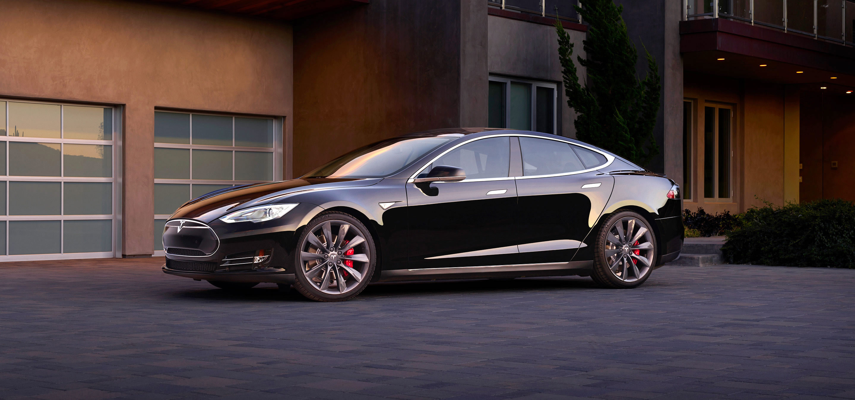 http://www.teslamotors.com/sites/default/files/images/model-s/gallery/exterior/hero-01.jpg?20151030